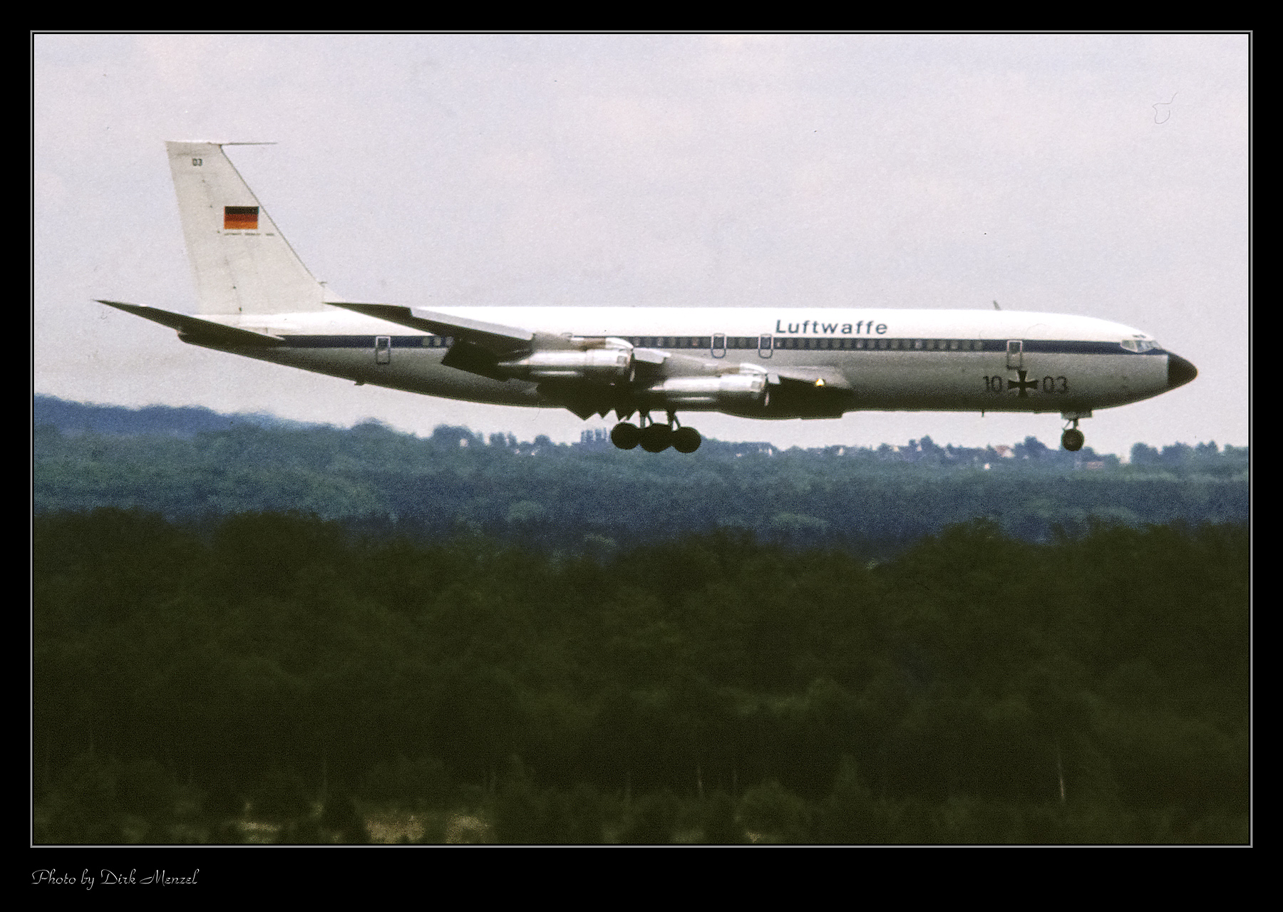 1983_05_20_Space-Shuttle_0001.jpg
